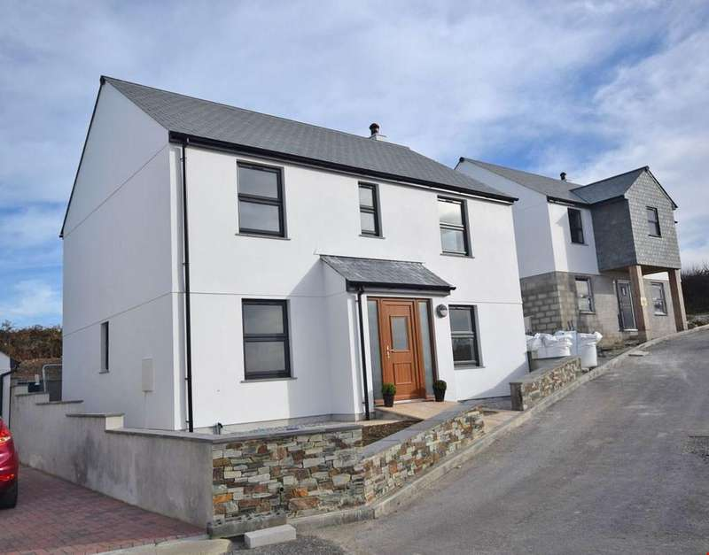 4 Bedrooms Detached House for sale in Porthleven, Helston, Cornwall , TR13