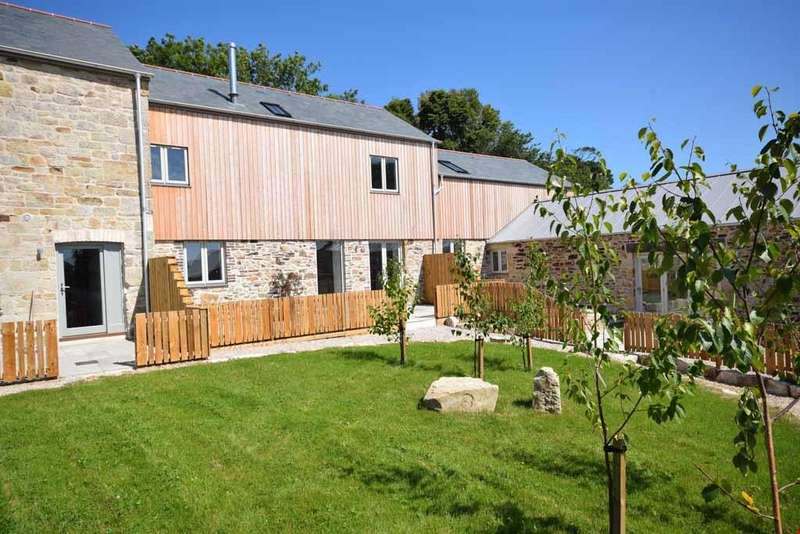 3 Bedrooms Barn Conversion Character Property for sale in Nr. Polgooth, Cornwall, PL26