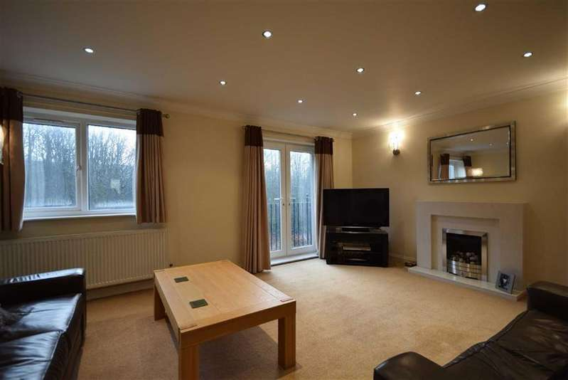 3 Bedrooms Mews House for sale in Holmefield Gardens, Barrowford, Lancashire