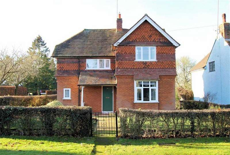 3 Bedrooms Detached House for sale in Aston End Road, Aston, SG2 7EU