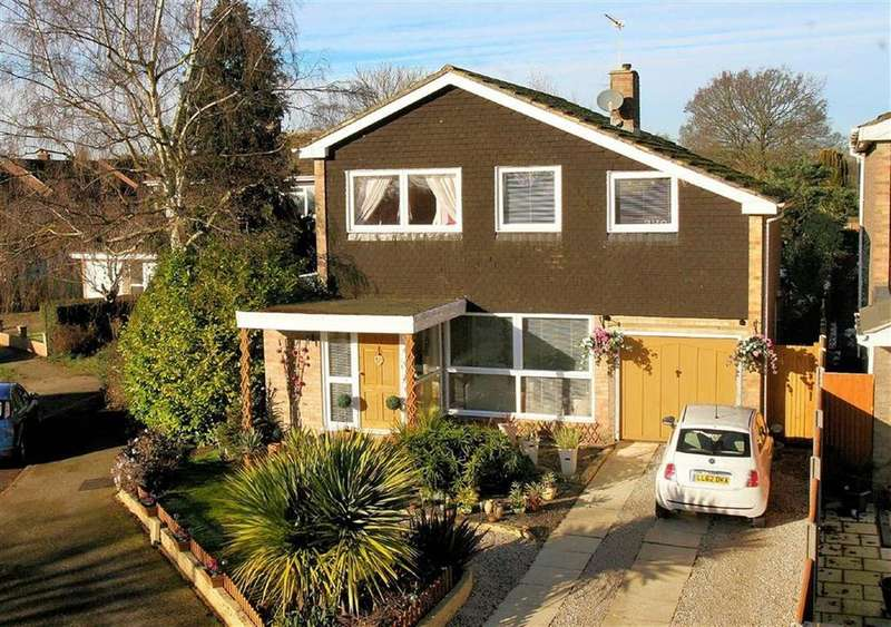 4 Bedrooms Detached House for sale in The Elms, Codicote SG4 8XS