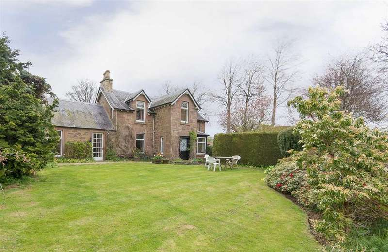 4 Bedrooms Detached House for sale in Woodlands Road, Rosemount Blairgowrie, Perthshire