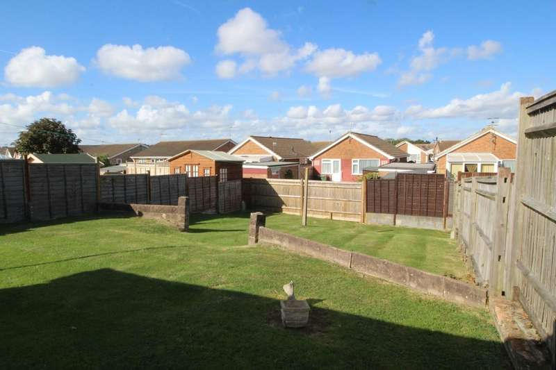 2 Bedrooms Detached Bungalow for sale in Netherfield Avenue, Eastbourne, BN23