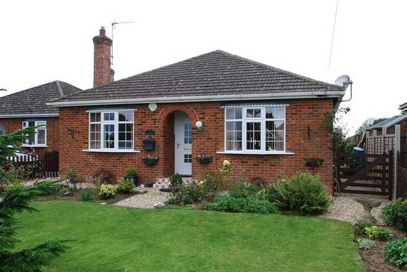 3 Bedrooms Detached Bungalow for sale in London Road, Frampton, Boston