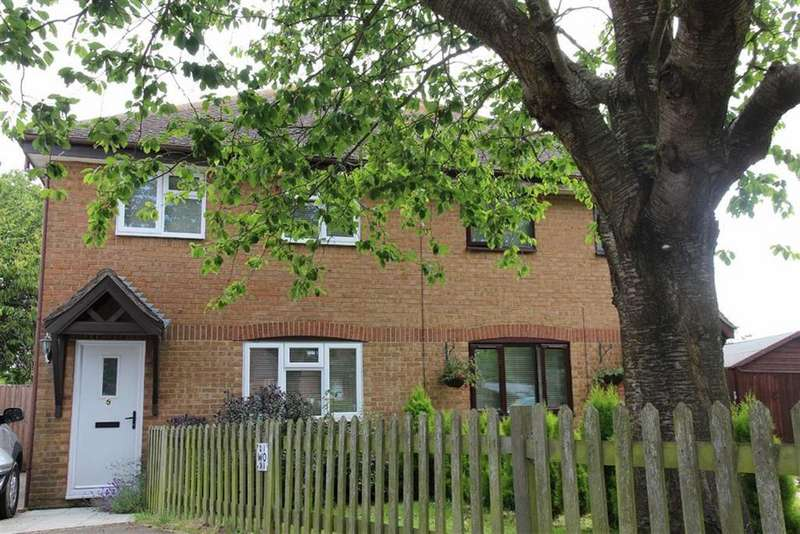 3 Bedrooms Semi Detached House for sale in Tithe Barn Field, Icklesham