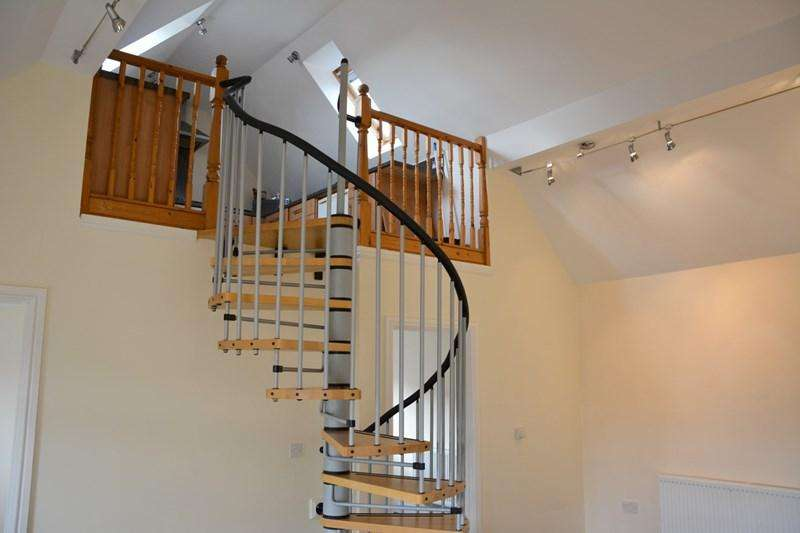 2 Bedrooms Flat for sale in Berrow Road, Burnham-On-Sea