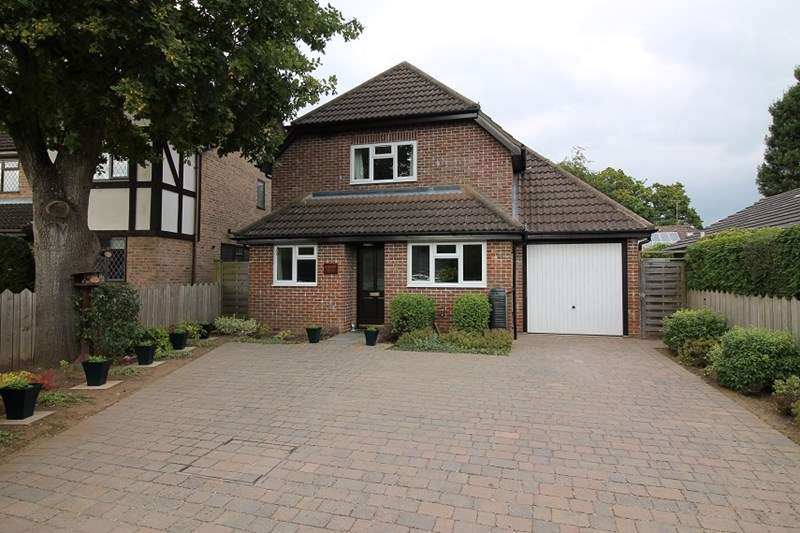 3 Bedrooms Detached House for sale in Forest Rise, Liss