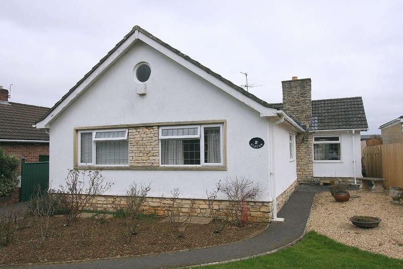 3 Bedrooms Detached Bungalow for sale in Albert Road, Trowbridge