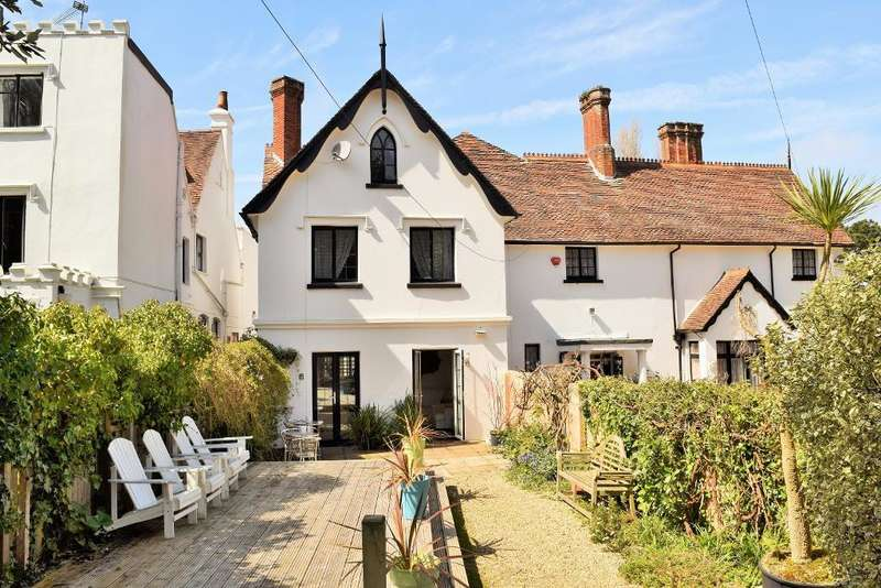 4 Bedrooms Semi Detached House for sale in Pump Lane, Bembridge, Isle of Wight, PO35 5NG
