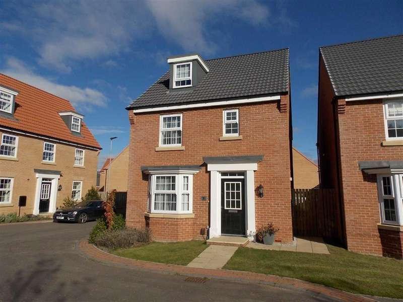 4 Bedrooms Detached House for sale in Frazier Avenue, Dewsbury Road, WAKEFIELD, WF2