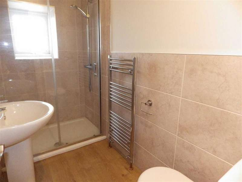 2 Bedrooms Terraced House for sale in Osborne Terrace, Whitewell Bottom, Rossendale, Lancashire, BB4