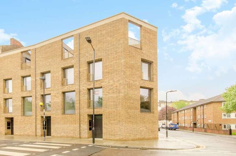4 Bedrooms House for rent in Shepherdess Walk, Islington, N1
