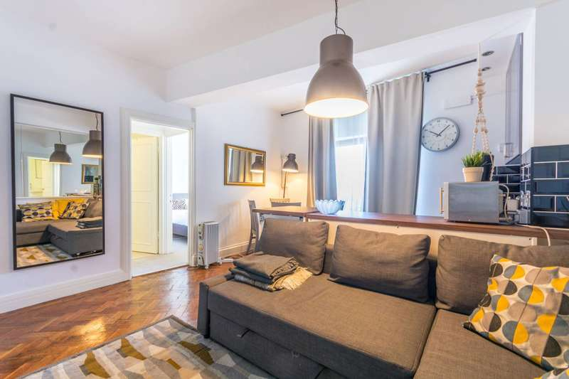 1 Bedroom Flat for sale in Upper Berkeley Street, Marylebone, W1H