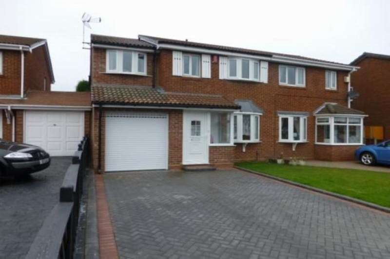 5 Bedrooms Semi Detached House for sale in Pebworth Grove, Dudley, DY1