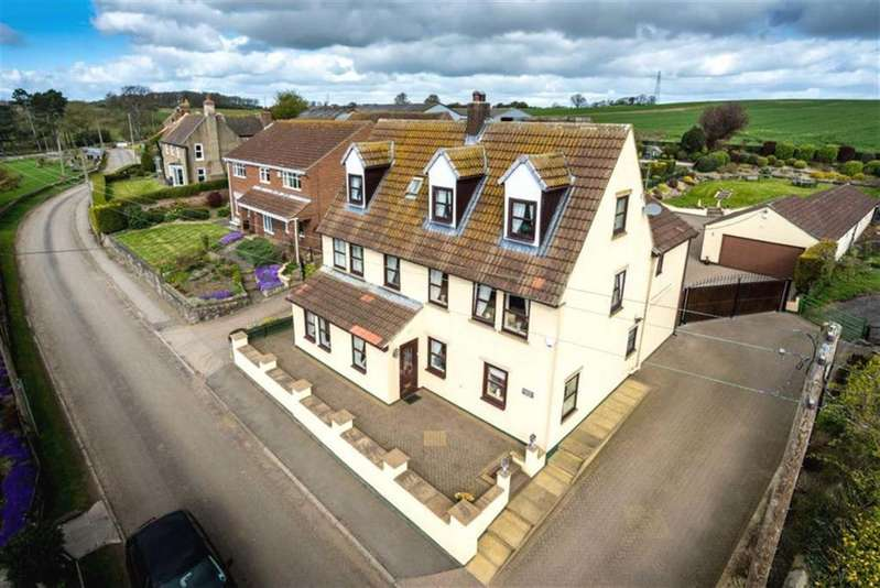 5 Bedrooms Detached House for sale in Barmpton Village, Darlington