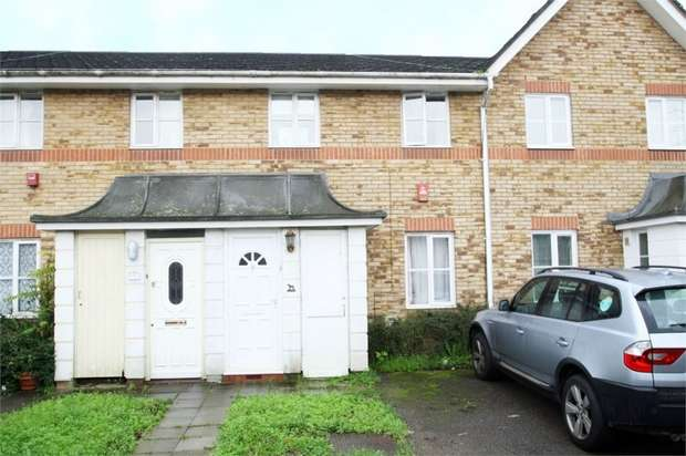 3 Bedrooms Terraced House for sale in Tynemouth Close, Beckton, London