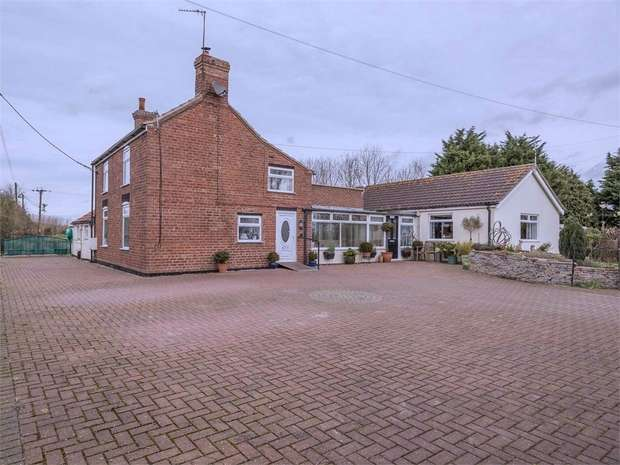 4 Bedrooms Detached House for sale in Addlethorpe, Skegness, Lincolnshire