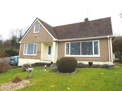 3 Bedrooms Bungalow for sale in Penryn, Cornwall