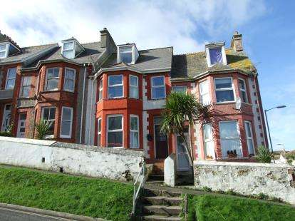 4 Bedrooms Terraced House for sale in Newquay, Cornwall