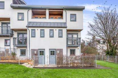 4 Bedrooms Semi Detached House for sale in Plymouth, Devon, England