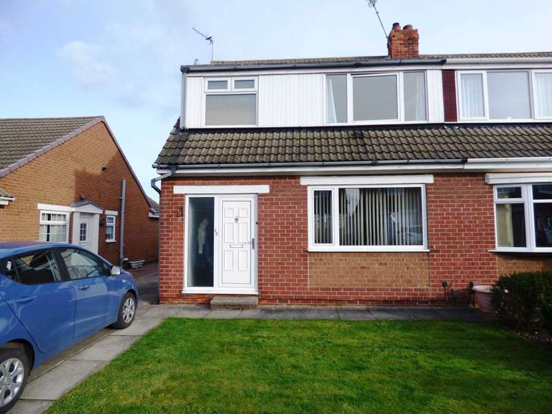 3 Bedrooms Semi Detached House for sale in Woodford Close, Redcar