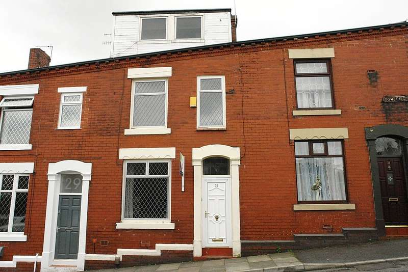 3 Bedrooms Terraced House for sale in 31 Bowler Street, Shaw