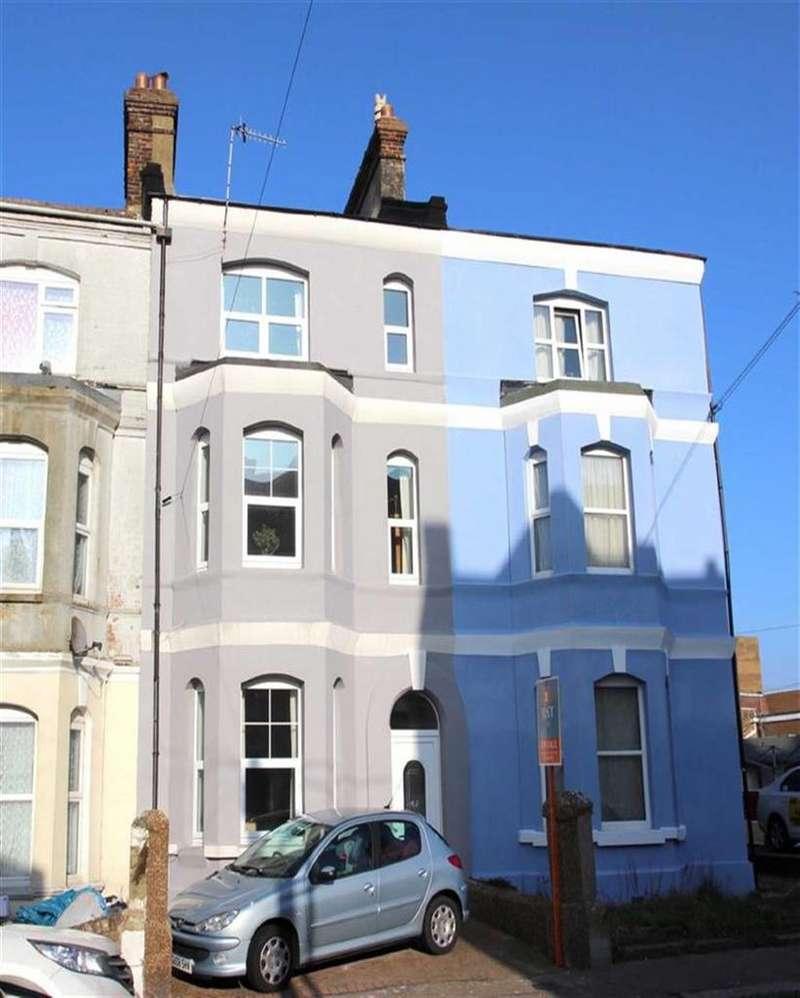 3 Bedrooms Terraced House for sale in Horntye Road, St Leonards On Sea