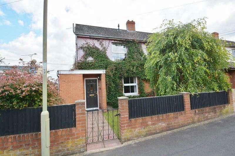 3 Bedrooms Semi Detached House for sale in Mylen Road, Andover