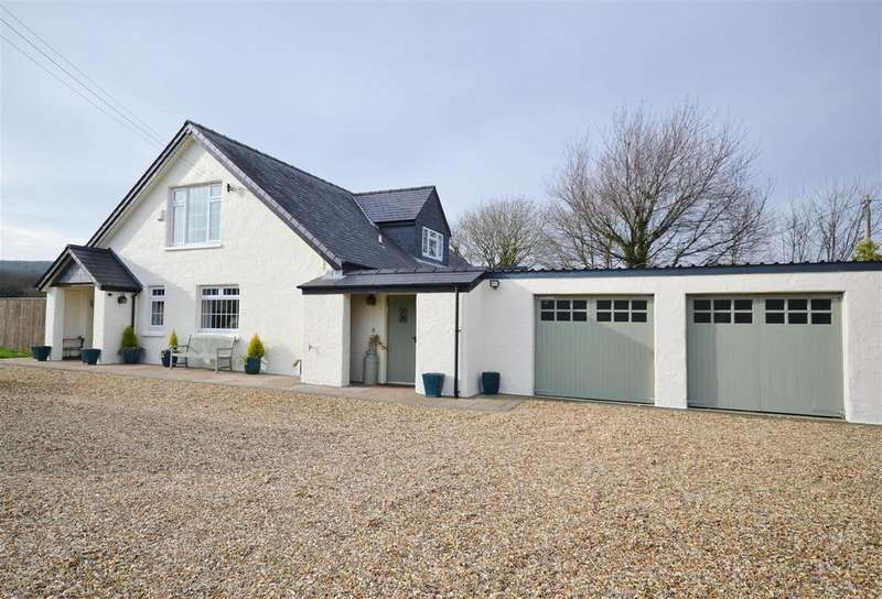 4 Bedrooms Detached House for sale in Cilgwyn, Newport
