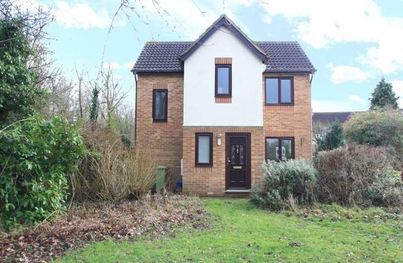 3 Bedrooms Semi Detached House for sale in Isaacson Drive, Wavendon Gate, Milton Keynes