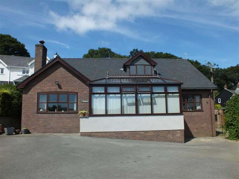 4 Bedrooms Detached House for sale in Llewenni, Llangernyw, Conwy