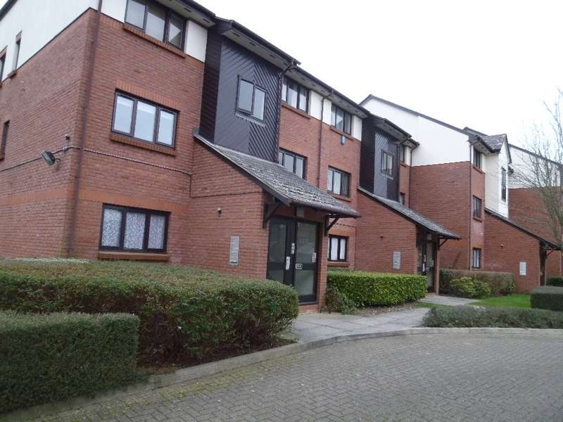 1 Bedroom Ground Flat for sale in Maple Gate, Loughton