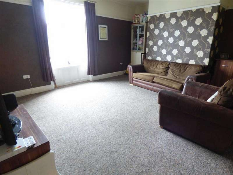 2 Bedrooms Terraced House for sale in Rochdale Road, Bacup, Lancashire, OL13