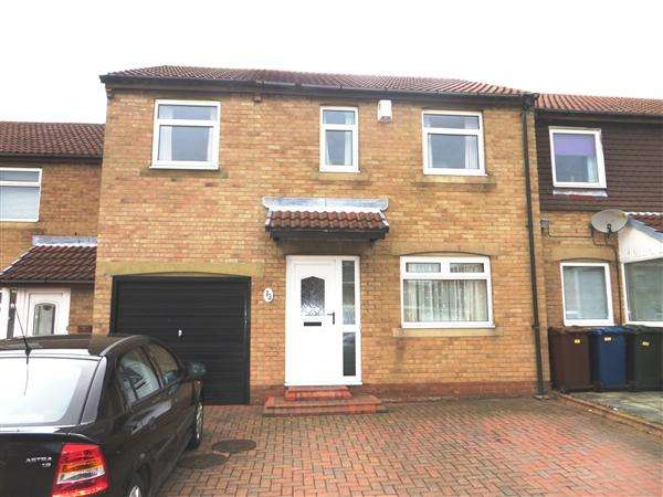 4 Bedrooms Link Detached House for sale in Milecastle Court, Newcastle upon Tyne