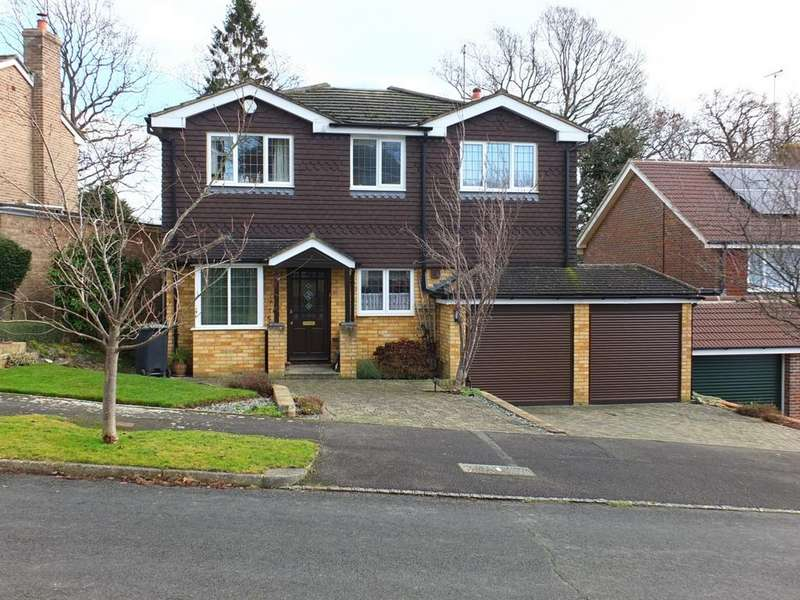 4 Bedrooms House for sale in Savill Road, Lindfield, RH16
