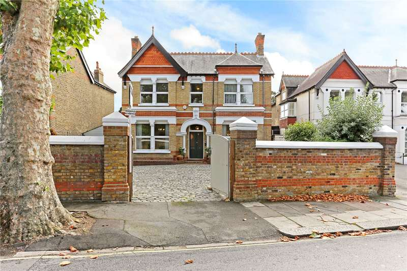6 Bedrooms Detached House for sale in Carlton Road, Ealing, W5