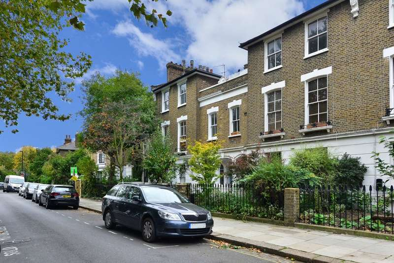 2 Bedrooms Flat for sale in Bartholomew Villas, NW5 2LL