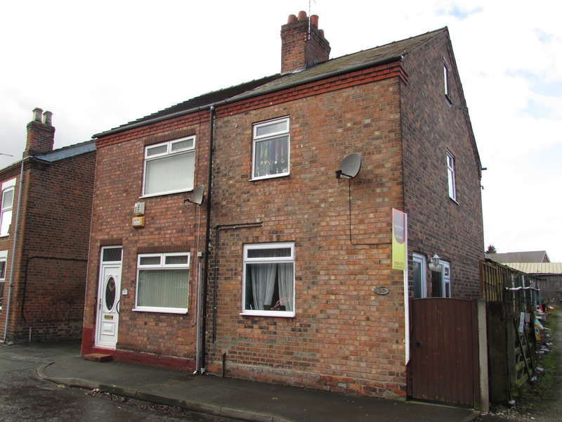2 Bedrooms Semi Detached House for sale in Verdin Street, Northwich