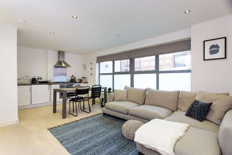 2 Bedrooms Flat for sale in Barrow Store Court, Decima Street, London