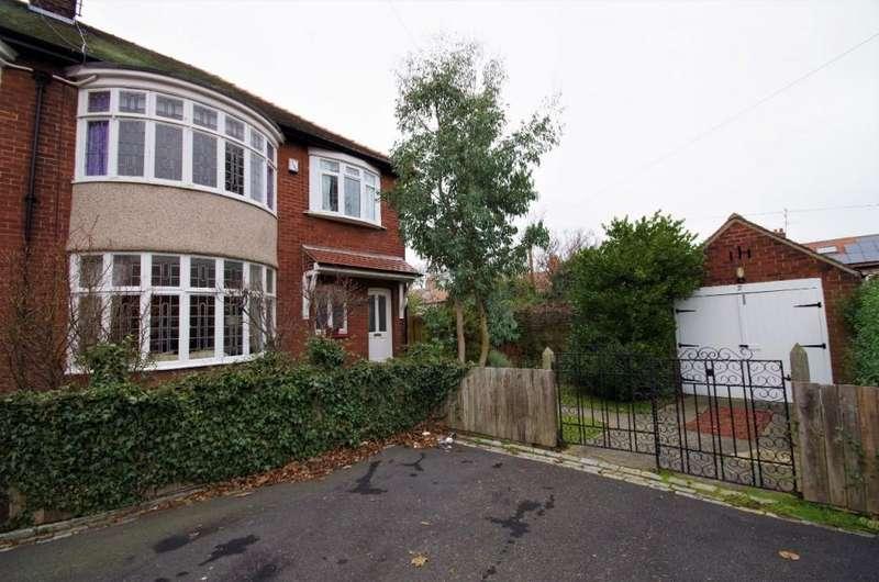 3 Bedrooms Semi Detached House for sale in Roydon Avenue, Grangetown, SR2