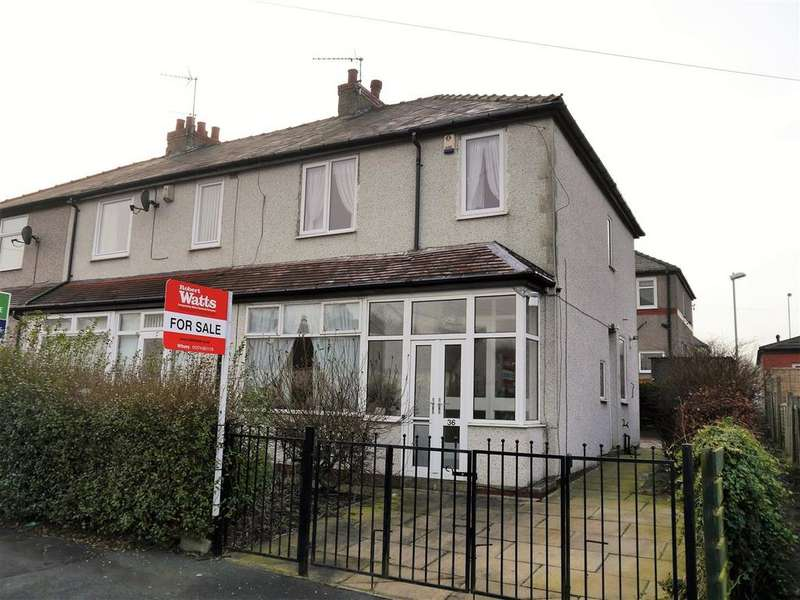 3 Bedrooms Town House for sale in Jer Lane, Horton Bank Top, Bradford, BD7 4NP