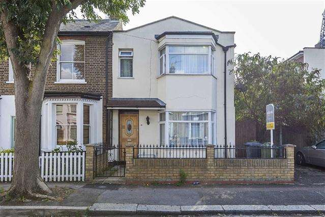 3 Bedrooms House for sale in Amberley Road, Leyton
