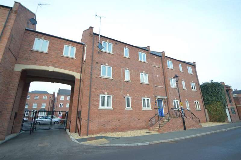 3 Bedrooms Apartment Flat for sale in 11 St Julians Mews, Williams Way, Shrewsbury SY1 1AD