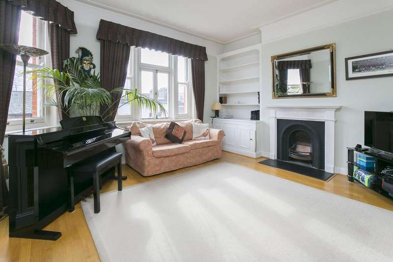 2 Bedrooms Flat for sale in Albert Palace Mansions, Lurline Gardens, SW11