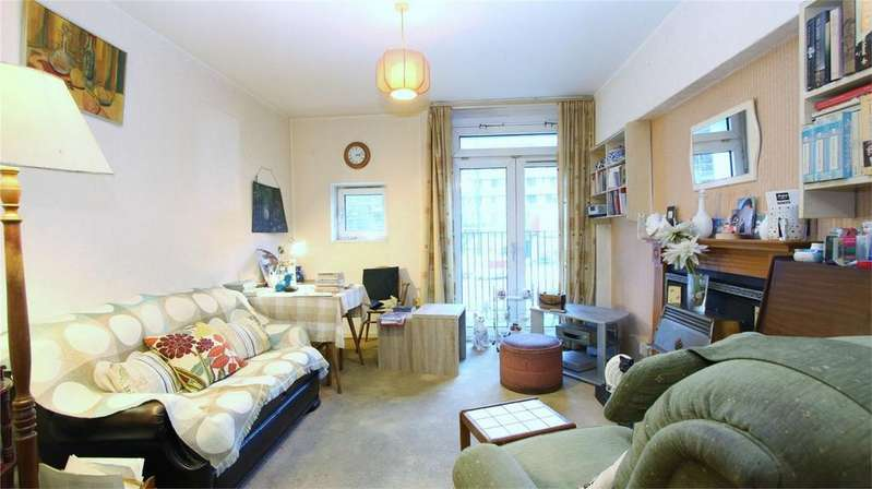 1 Bedroom Flat for sale in Cartmel, Hampstead Road, London