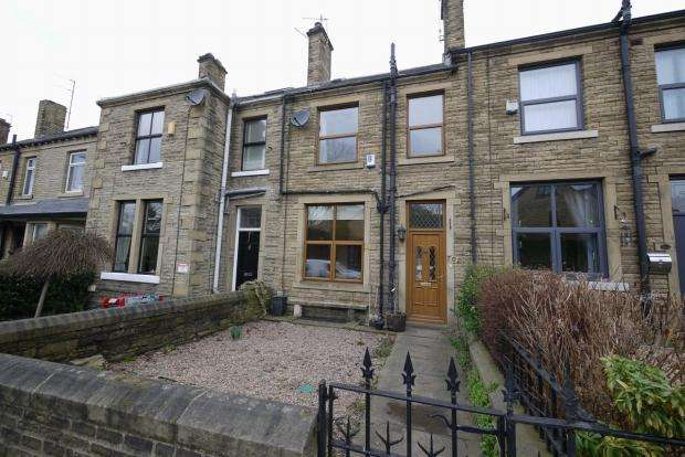 3 Bedrooms Terraced House for sale in Huddersfield Road Wyke Bradford