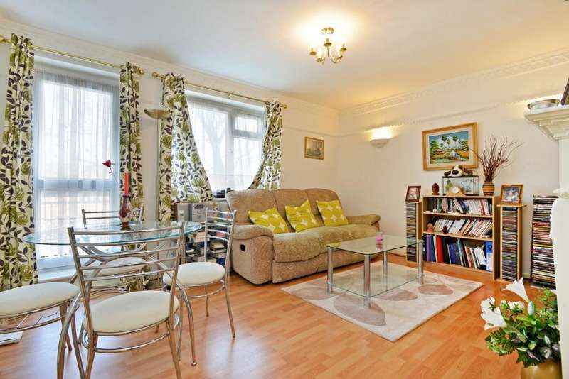 1 Bedroom Flat for sale in Friern Road, East Dulwich, London, SE22