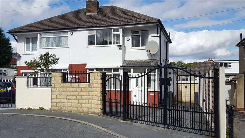 3 Bedrooms Semi Detached House for sale in Parkside Grove, Bradford, West Yorkshire