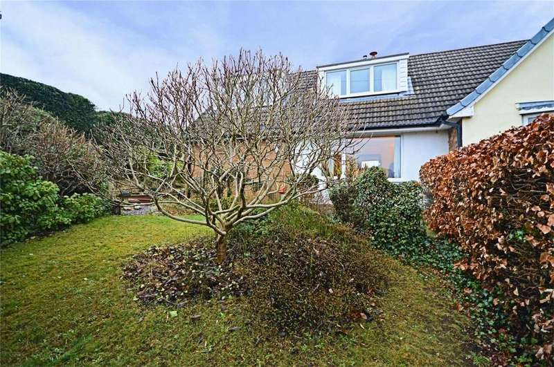 3 Bedrooms Semi Detached House for sale in Hillcrest Rise, Burntwood, Staffordshire
