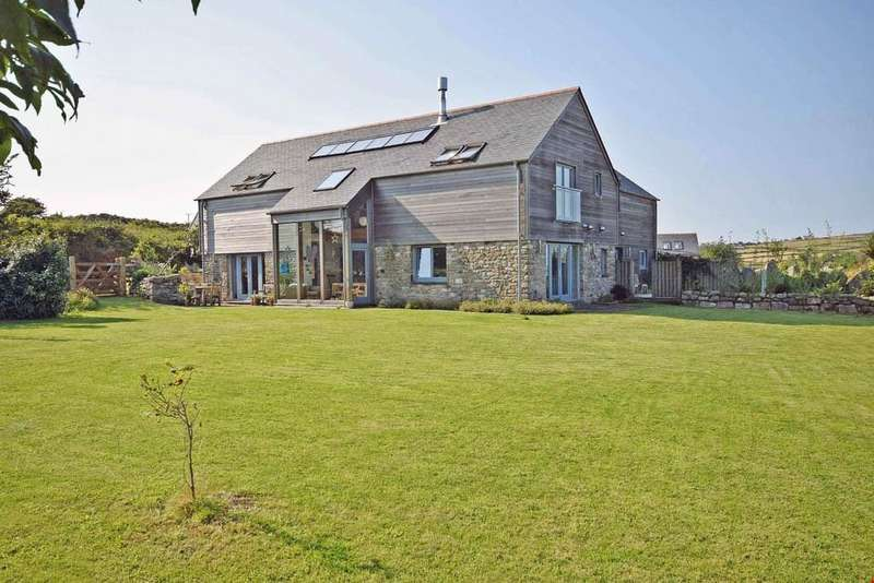 6 Bedrooms Detached House for sale in Carnmenellis, Cornwall , TR16